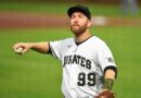 Todd Frazier gets into wild Twitter spat with Pittsburgh sports media personality